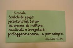 "Poesia ""Simboli"" su cartoncino verde. Pagina facebook: Cadò  Sito: http://poesiaeoltre.wordpress.com. #poesia, #simboli, #cartoncino, #colorato, #verde."
