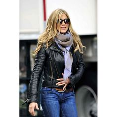"""Jennifer Aniston Photos Photos - Jennifer Aniston waves to fans as she leaves the set of """"Wanderlust"""". She was well dressed in a black leather jacket, blue jeans, sunglasses, and a grey and purple scarf. - Jennifer Aniston Leaves the set of """"Wanderlust"""" Mode Outfits, Winter Outfits, Casual Outfits, Fashion Outfits, Womens Fashion, Fashion Weeks, Fashion Clothes, Spring Outfits, Casual Wear"""