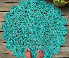 "Turquoise Patio Porch Cord Crochet Rug in 35"" Round Pineapple Pattern >> So cute!"