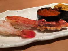Nigiri Sushi from Tsukiji Tamasushi in #tokyo #japan - #imenehunes #food #yum #delicious #nigirisushi #nigiri #sushi #seafood #foodoftheday #foodlover #sushilover #fish #fishegg #TsukijiTamasushi