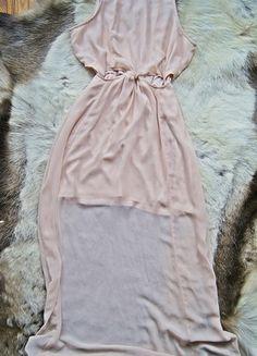 Kup mój przedmiot na #vintedpl http://www.vinted.pl/damska-odziez/dlugie-sukienki/11926713-piekna-sukienka-maxi-river-island-38