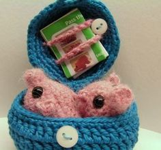 """Free download and pattern for these """"Pass the Piggies"""" game!"""