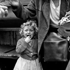 Black and White Street Photos by Vivian Maier
