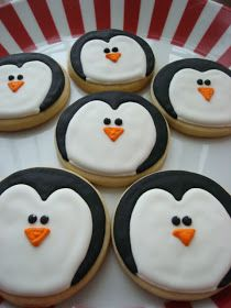 Christmas Cookies: One Round Cutter, 31 Ideas Penguin christmas sugar cookie decorating ideas & FLOUR & SUGAR: Christmas Cookies… The post Christmas Cookies: One Round Cutter, 31 Ideas appeared first on Belle Ouellette. Cookies Cupcake, Iced Cookies, Cute Cookies, Royal Icing Cookies, Cookies Et Biscuits, Penguin Cupcakes, Iced Biscuits, Baby Cookies, Heart Cookies