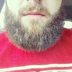 This beard is brought to you by Beats Beard Oil! Organic all natural beard oils and beard balms. New items coming soon! Stop by the shop (link in bio)  #menwithbeards #positivity #beards #skateboarding #guyswithtattoos #fashion #diy #bearded #mensstyle #selfie #beardedvillains #beardoil #saturday #ohio #barbers #motivation #cincinnati #midwest #la #nyc #chicago #hardwork #entrepreneur #BeatsBeardOil