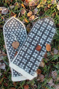 Summary: Mitten in stranded colourwork. Intarsia Patterns, Fair Isle Knitting Patterns, Knitting Charts, Knitting Stitches, Knitting Socks, Hand Knitting, Knit Socks, Knitted Mittens Pattern, Crochet Mittens