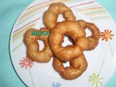 http://lacocinademiguiyfamilia.blogspot.com.es/2011/11/bunuelos-de-manzana-y-canela.html