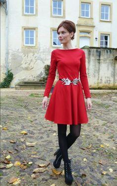 Entdecke lässige und festliche Kleider: VAMPIRE VINTAGE ROMI Langarm Kleid Bestseller made by Vampire Vintage via DaWanda.com