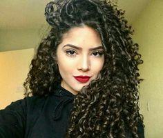 ideas hair tips wavy natural curls Curly Hair Types, Short Curly Hair, Wavy Hair, Curls Hair, Natural Curls, Natural Hair Styles, Long Hair Styles, Shiny Hair, Curled Hairstyles