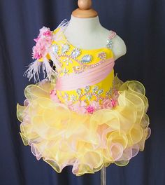 Wholesale little girls pageant dresses from Cheap little girls pageant dresses Lots, Buy from Reliable little girls pageant dresses Wholesalers. Toddler Pageant Dresses, Glitz Pageant Dresses, Little Girl Pageant Dresses, Pageant Wear, Toddler Flower Girl Dresses, Pageant Girls, White Flower Girl Dresses, Wedding Flower Girl Dresses, Girls Party Dress
