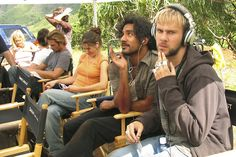Cast of Lost behind the scene