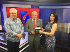 Alicia Ortega y Fernando Hasbún reciben la llave de la ciudad de Miami