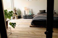 Wood floors & low bed