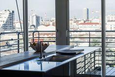 Il loft dove Lorenzo Vinci ospita i suoi eventi, creando e sperimentando ricette culinarie con i prodotti eno-gastronomici italiani d'eccellenza.