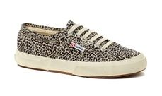 Shop Kids official Superga 2750 SPOTTED FABRICW Beige Blue Fashion and wear fashions premium trainer of choice. Smart Casual Footwear, Lace Up Trainers, Plimsolls, Blue Fashion, So Little Time, Superga, Beige, Pure Products, My Style