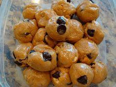 No-Bake Vegan Peanut Butter Chocolate Chip Cookie Dough Balls