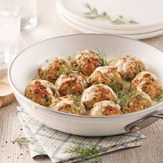 Boulettes de dinde, sauce yogourt et aneth Turkey Tacos, Potato Salad, Cauliflower, Dairy Free, Menu, Healthy Recipes, Sauce, Dinner, Vegetables