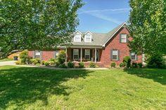 3323 Meadowhill Dr, Murfreesboro, TN 37130
