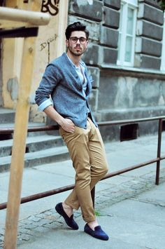 Men's Light Blue Cardigan, Light Blue Long Sleeve Shirt, Khaki Chinos, Navy Suede Loafers