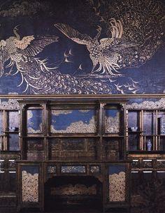 """intérieur : Whistler, artiste US, """"peacock room"""", Londres, murs décorés de paons, 1877, bleu, aesthetic movement, peinture décorative"""