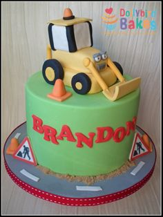 Scoop the digger cake - #dollybirdbakes