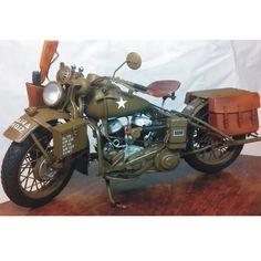Harley-Davidson  Italeri  scale 1/9  From: FineScale  #moto #motorcycle #bike #harleydavidson #miniatura #miniatur #miniature #guerra #war #hobby #plastimodelismo #plasticmodel #passatempo #worldwarii #wwii #iigm #italeri