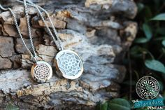 """20mm 100% Stainless Steel """"The Signature"""" Diffuser Necklace (Length Op – Fashion Scents Essential Oil Jewelry"""