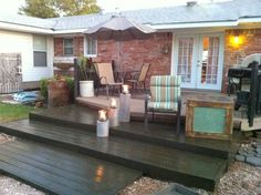 diy-wooden-pallet-deck-ready-for-summer-The-Second-Wind-of-Texas-featured-on-Remodelaholic.jpg (1024×764)