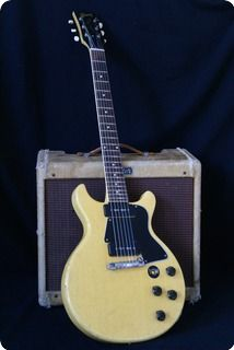 Here's a 1959 Gibson Les Paul Special TV Yellow double cut. It's the perfect player's guitar due to his very light weight of 6 pounds 14 Oz, great intonation, very nice refret job , low action with