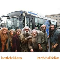 #dwarves n a #hobbit want to take a bus?!  #TheHobbit #PeterHambleton @PeterHambletron #JedBrophy @BrophyJed #MartinFreeman #JohnCallen #MarkHadlow @mark_markhadlow #GrahamMcTavish @grahammctavish #RichardArmitage @RCArmitage