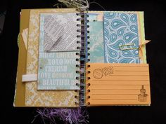Junk journal- JUNIQUE Journal- SMASH book - Doodling spot- Picture album- Autograph - Memory book - OOAK