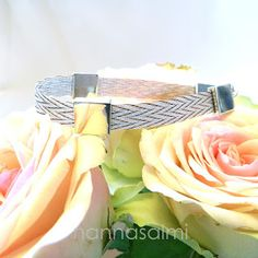 nannasalmi horsehair jewelry - made with your own horse´s hair.  www.nannasalmi.com