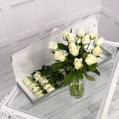 Our 12 white letterbox roses are a gorgeous gift for someone special! Add a message to the gift card to create a romantic gift for any occasion! 12 Roses, White Roses, Pink Roses, Letterbox Gifts, Flower Food, Pure White, Thing 1 Thing 2, Pure Products, Simple