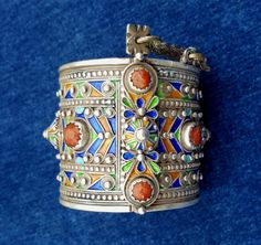 Old sterling silver Bracelet /Cuff Kabyle Beni Yenni by TIFINAGH