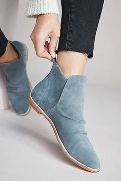 f9b44dbb4563 36 Comfy Shoes To Not Miss Today