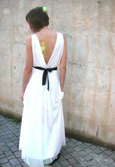 WEDDING DRESS DEEP V NECK CLEAVAGE WITH JEWELRY BELT
