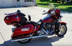 2009 Harley Davidson FLHTCUSE4 Ultra Classic CVO, Price:$18,500 OBO. Davenport, Iowa #harleydavidsons #harleys #cvo #ultraclassic #motorcycles #hd4sale