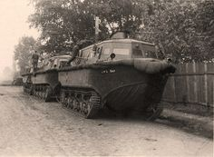 z- Der Land Wasser Schlepper (LWS) Schwimmfähiges Kettenfahrzeug der Wehrmacht, I