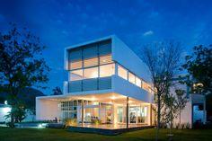 Casa en el Uro by 7XA Architects
