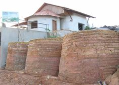 Earthbag Building: Brazilian Ecological House