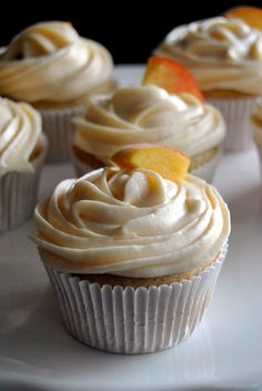 peach cupcakes full of flavor these light peachy cupcakes are filled with homemade peach compote ? Healthy Dessert Recipes, Cupcake Recipes, Baking Recipes, Cupcake Cakes, Cup Cakes, Gourmet Cupcakes, Yummy Cupcakes, Churro Cupcakes, Easter Cupcakes