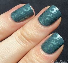 looooooove tonal manicures