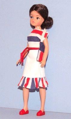 Fashion, Character, Play Dolls Dolls Vintage Pedigree 44502 Sindy Wardrobe Colours Are Striking
