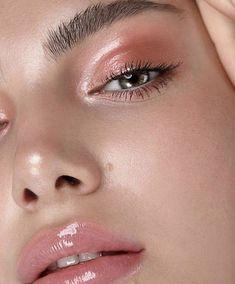 Cat Eye Makeup, Cute Makeup, Makeup Brush Set, Skin Makeup, Makeup Eraser, Easy Makeup, Sephora Makeup, Drugstore Makeup, Makeup Trends