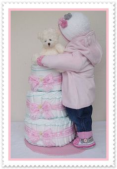 Outfit pink by Geschenke-Eckle on DaWanda . - Windeltorten - Baby Tips Baby Shower Diapers, Baby Shower Cakes, Baby Shower Gifts, Baby Gifts, Princess Diaper Cakes, Diaper Cakes Tutorial, Boho Baby Shower, Couches, Baby Shower Decorations