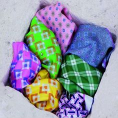 Summer, on a terrace facing the sea....That is what it come to our mind by looking at this Kiton pocket squares. www.facebook.com/divenirebarcelona
