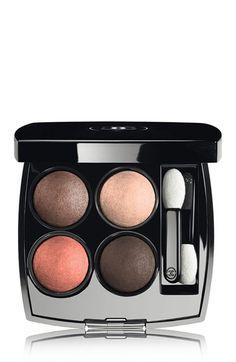 Perfect fall shades in this Chanel eye shadow quad.
