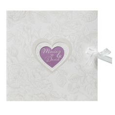 Klassieke drieluik trouwkaart met mooi geïllustreerde bloemen