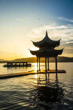 There aren't many places you can get the same sense of wonder as you can at Hangzhou's West Lake, sitting at the Jixian Pavilion, watching the sun slowly sinking behind the mountains, lighting fire to the lake's surface... it's the perfect way to end a day.