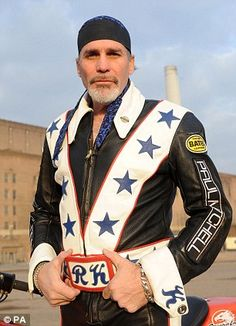 Motorcycle Types, Motorcycle Leather, Motorcycle Jacket, Motorcycle Fashion, Biker Leather, Motorcycle Helmets, Robbie Knievel, Evil Kenevil, Leather Collar